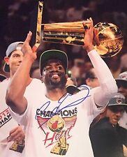 DWYANE WADE SIGNED MIAMI HEAT 11X14 PHOTO 2012 NBA CHAMPIONS CHICAGO BULLS AUTO