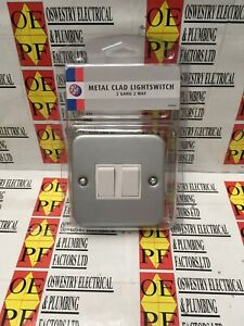 PRE-PACK - Metal Clad 2 Gang 2 Way Double Light Switch 10A 2-Way