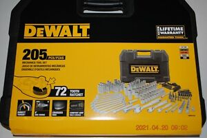 "DEWALT DWMT81534  205-PC 1/4"", 3/8"" & 1/2"" DRIVE INCH/METRIC MECHANICS TOOL SET"