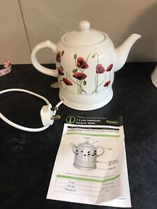 Electric ceramic kettle - poppy themed