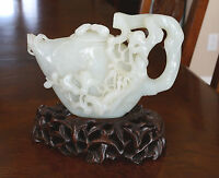 Chinese  Hand  Carved  Top  Quality  Of  He-Tian  White  Jade  Teapot  2