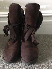 Ladies Love From Australia LFA Brown Sheepskin Boots With Ribbon (Ugg). Size 5