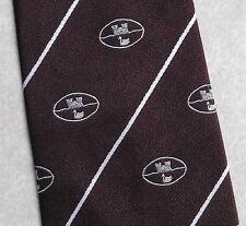 Club association cravate rétro vintage crest motif bordeaux 1970s 1980s château canard