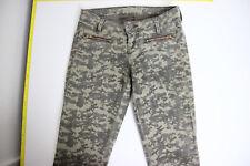 GUESS Women's 7-Zip Camo-Print Low Rise Stretch Jeans Pants sz 23 (25x28.5)
