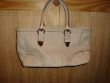 Gucci Medium Signoria Ivory Leather Tote Handbag