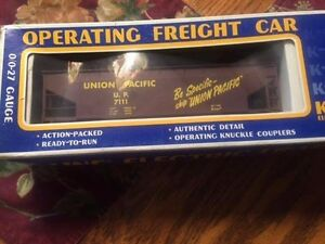 """K-LINE OPERATING FREIGHT CAR """"UNION PACIFIC"""" HOPPER"""