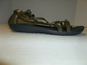 Womens Size 6 Strappy Thong Jelly Sandals Smoke & Black