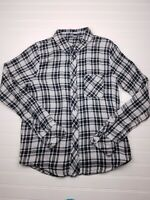 Women's Silver Jeans Long Sleeve Collared Size Medium Plaid Button Up Shirt P16