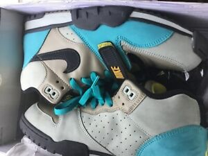 2006 Nike Air Trainer 1 SB Bamboo Skate Shoe Mens Size 10.5 5306193-201