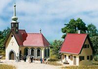 SH Auhagen 14461 Dorfkirche mit PfarrhausBausatz Spur N