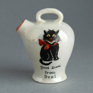 Vintage/Antique LUCKY BLACK CAT Crested Ware Vase GOOD LUCK from DEAL Arcadian