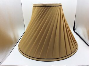 Pleated Swirl Fabric Lined Table Lamp Bell Shaped Lamp Shade Spider Fitter