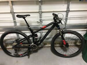 2017 TREK FUEL EX 8 Excellent Condition 19.5 Frame Size