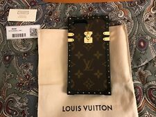 Auth Louis Vuitton Runway Monogram iPhone 7 Plus Petite Malle Gold Phone Case