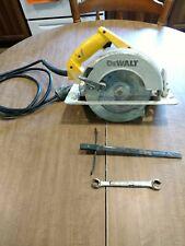 DeWalt DW358  8 1/4 Circular Saw With Hard Case