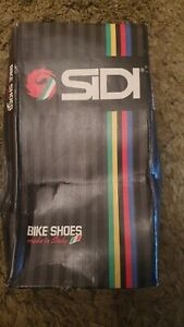 Vintage Sidi Hawaii Cycling Shoes. Size 44 NOS in original box.