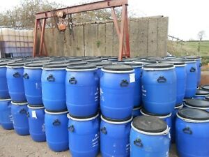 1 x Blue Clip Top Plastic Barrel, Water Butt, Storage Barrel, Feed Bin 100ltr