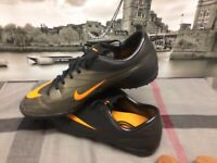 Nike 2010 MERCURIAL FOOTBALL BOOTS