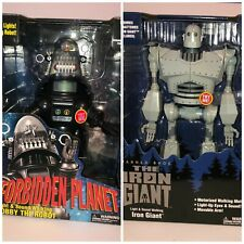 Iron Giant & Robby the Robot Walmart exclusive lights/sound New Sealed Forbidden