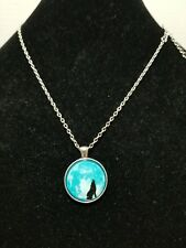 Howling At The Moon Wolf Cabachon Glass Pendant Necklace Z11