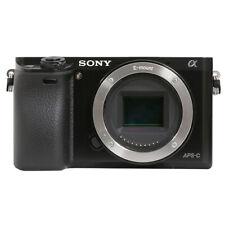 Cámara Digital Sony a6000 Mirrorles 24.3MP Alpha de cuerpo negro