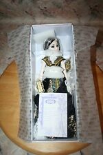 WILDE IMAGINATION ROYAL ROCK ELLOWYNE RESIN DRESSED DOLL BEAUTIFUL! TONNER NEW