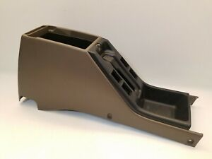 1996-1998 Toyota 4Runner SR5 Limited center console arm rest cup holder