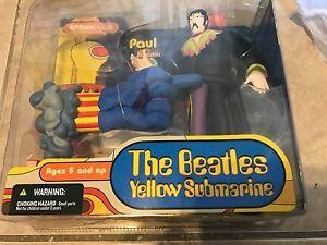 John Lennon w/ Glove & Love Base Beatles Yellow Submarine MISPACKAGED Figure new