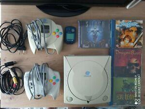 Sega Dreamcast + 2 mandos + Cable av + Cable ac + juegos