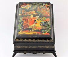 Boîte à bijoux collection décor 25x17 miniature laquée PALEKH peint à main signé