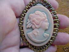 (CM9-1) Psyche GREEK MYTHOLOGY peach blue CAMEO Pin Jewelry oval brooch