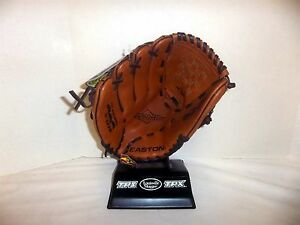 Easton Stealth Fastpitch Softball Glove S-12FP NWT LEFTY Infield 12""