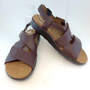 SAS NWOT Cinnamon Brown Huggy Comfort Sandals, size 7 NARROW $159