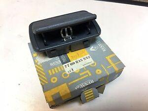 Original Renault 19 Ash tray 7700835532