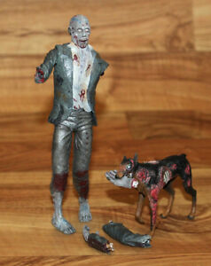Resident evil Zombie with Cerberus Dog Action Figure  Neca Toys