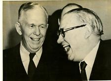 Londres, MM. Marshall et Bevin Vintage silver print Tirage argentique  13x18
