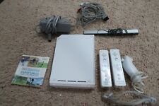 Nintendo Wii White Console Bundle With Wii Sports RVL-001 w/ Controllers