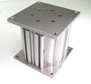 SMC MGF63-100-Y7BW Compatto Cilindro 63mm Foro 100mm Tempo