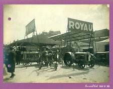 "PHOTO 1930, GARAGE FORD ""ROYAU"", EXPO VIEUX TRACTEURS AGRICOLES, TRACTORS-K38"