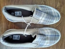 FADED GLORY Men Size 9 Shoes.