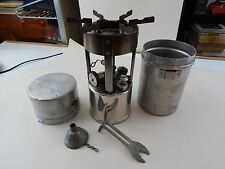 COLEMAN 1946 Model 530 GAS CAMPING STOVE post-War GI model w/case EXCELLENT