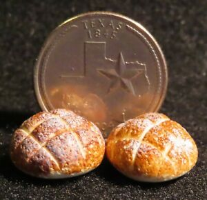 Round Loaves of Bread Bakery Loaf 2 Country Style Dollhouse Miniature 1:12 B0492