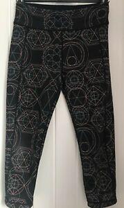 Sweaty Betty Chandrasana Reversible 7/8ths Yoga Leggings Geometric Black Size M