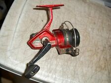 SHAKESPEARE COMBO 300 SPINNING FISHING REEL MAX 160 YARDS 8 LBS TEST CASTING