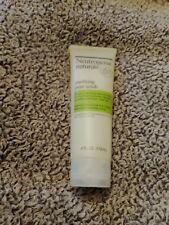 Neutrogena Naturals Purifying Pore Facial Scrub 4 oz