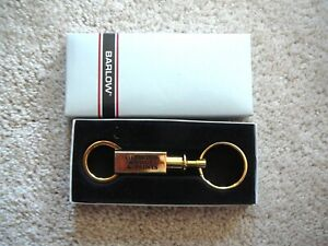DIAMOND VOGEL PAINTS - Vintage BARLOW GOLD TONE BRASS ADVERTISING KEYCHAIN NIB