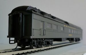 Walthers 932-10165 Seaboard Heavyweight Diner Car SAL w/ interior New In the Box