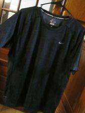 mens L nike dri fit running shirt looks great