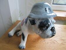 Carlton Ware grandes bulldog británico con casco de Unión Jack y p.m
