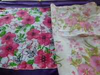 lot=tissu les roses et les paillettes le ,chale pour les épaules ou récup tissu
